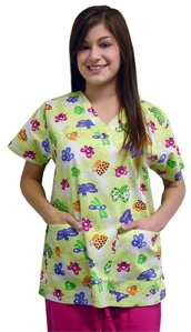 AllHeart 2-Pocket V-Neck Value Print Scrub Top